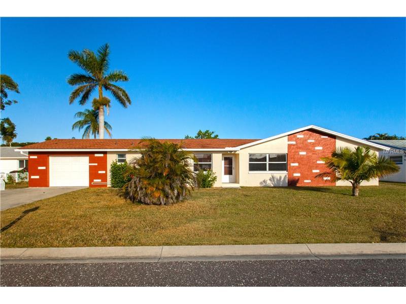 242 176TH AVENUE E, REDINGTON SHORES, FL 33708