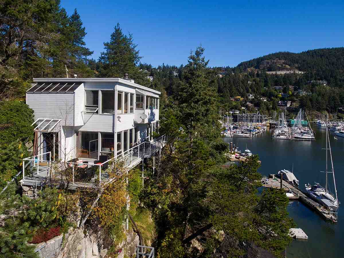 5882 EAGLE ISLAND, West Vancouver, BC V7W 1V5
