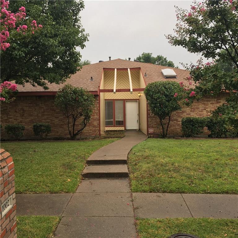 1002 Rosewood Place, Carrollton, TX 75006