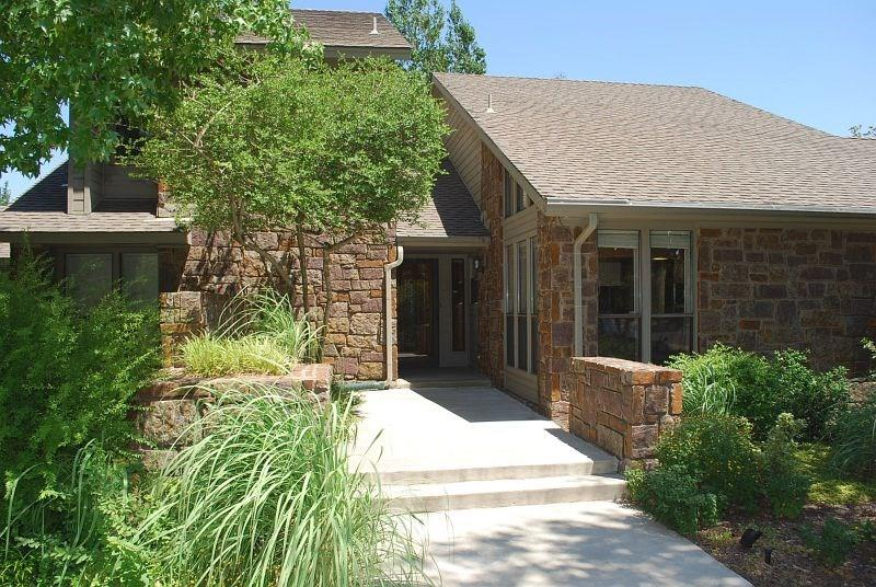625 Shadow Crest Ct, Norman, OK 73072