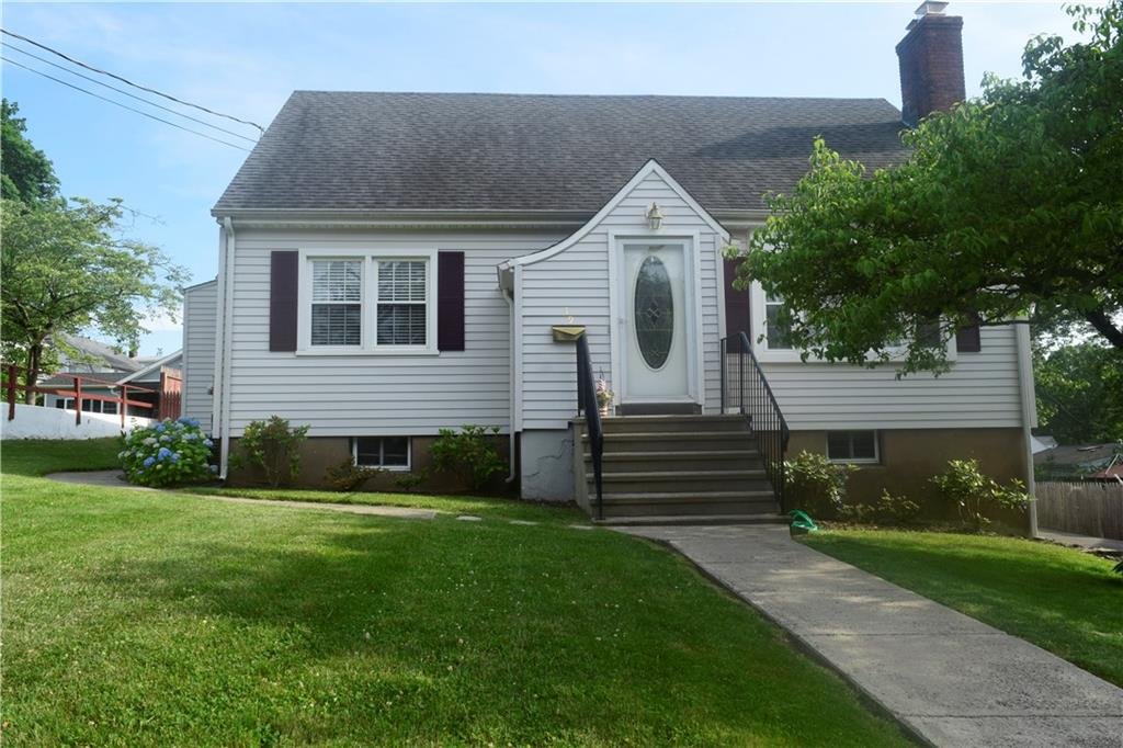 19 Raynham Road, New Haven, CT 06512