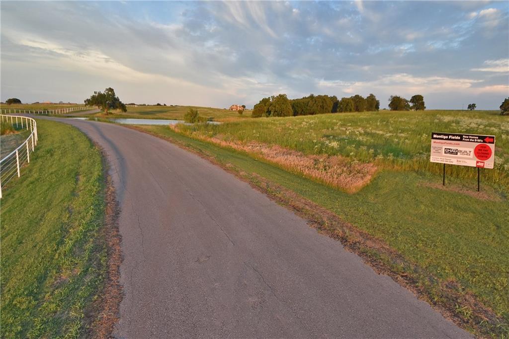 7455 Hawk Crest Lane, Guthrie, OK 73044