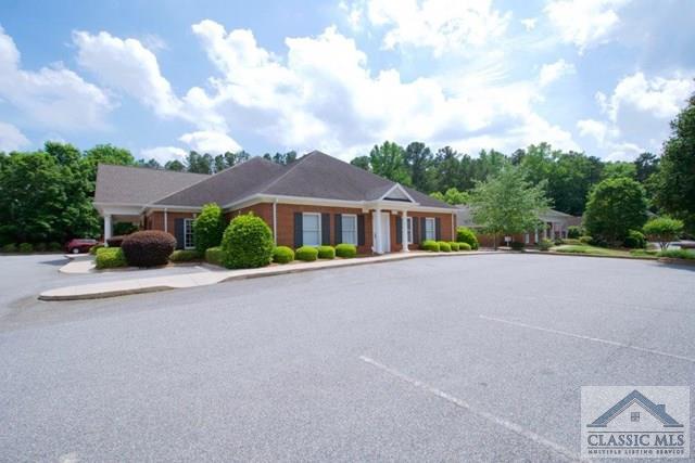 385 Hawthorne Lane 400, Athens, GA 30606