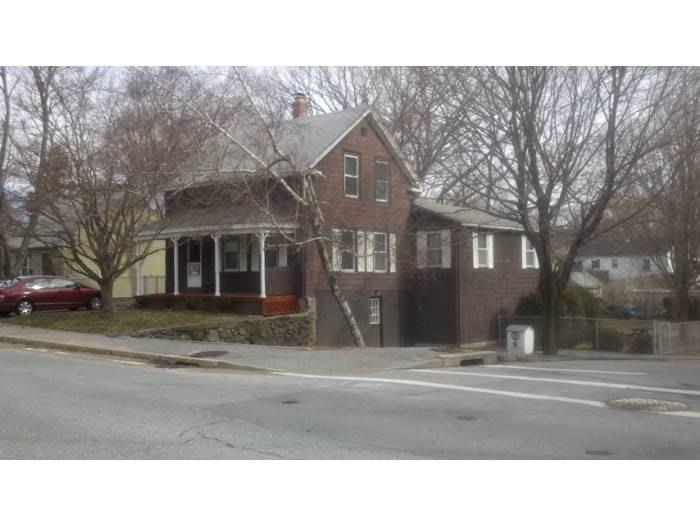 61 Dean AV, Smithfield, RI 02917