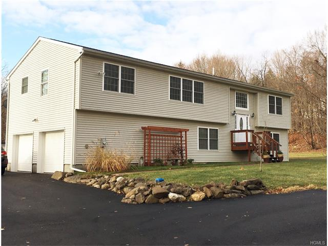 261 New Vernon Road, Middletown, NY 10940