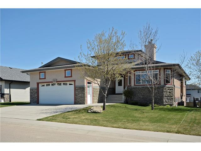 136 Sunset Heights NW, Crossfield, AB T0M 0S0