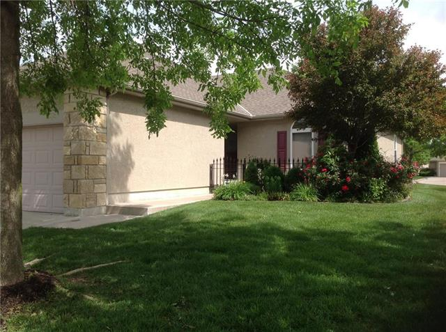100 SW Robert Younger Drive, Lee's Summit, MO 64082