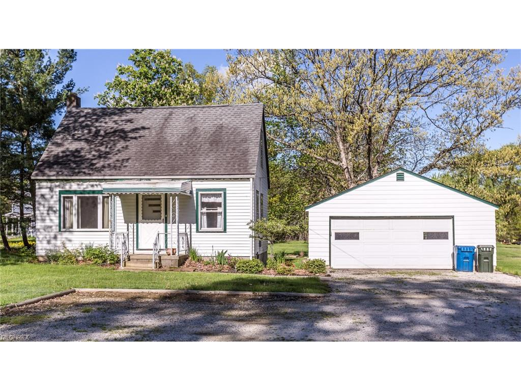 2964 Rockefeller Rd, Willoughby Hills, OH 44092