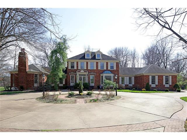 1234 Clayton Place Drive, Town and Country, MO 63131