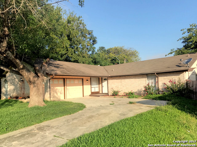 7821 LAZY FOREST ST, Live Oak, TX 78233
