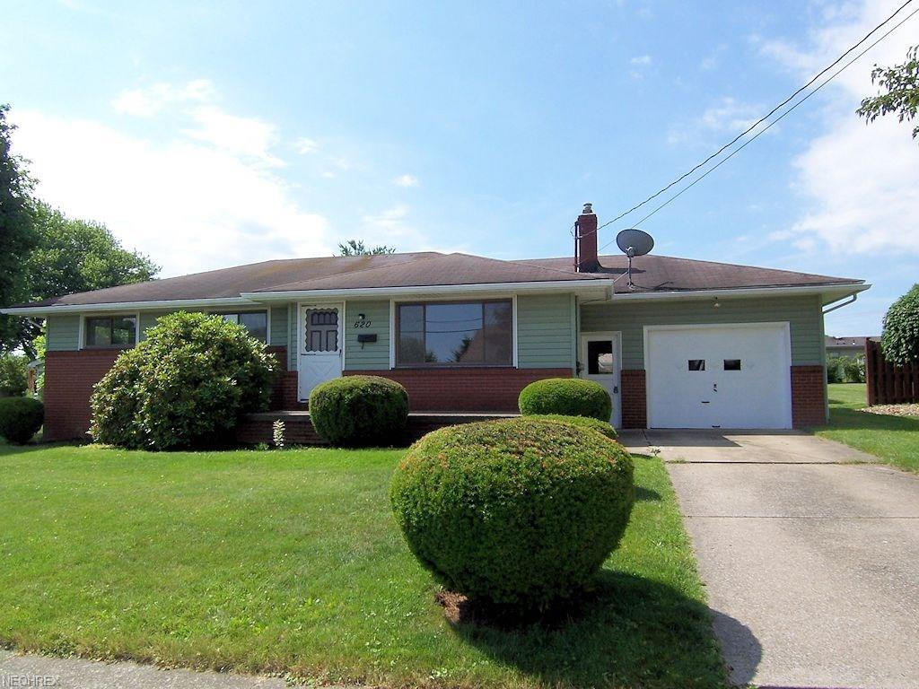 620 Elm St, Struthers, OH 44471