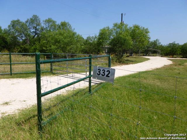 332 County Road 642, Hondo, TX 78861