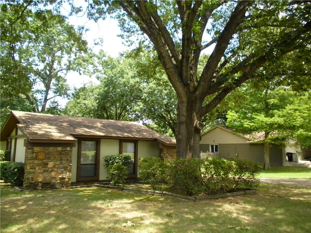 10113 Meandering WY, Fort Smith, AR 72903