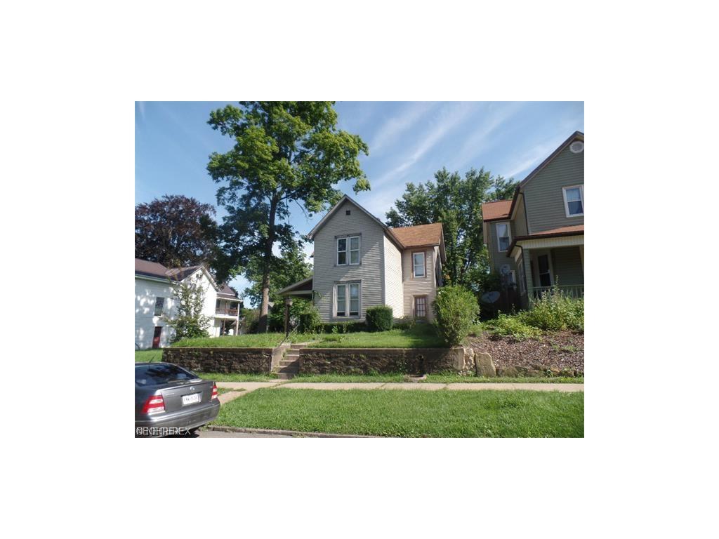 1011 Gomber Ave, Cambridge, OH 43725