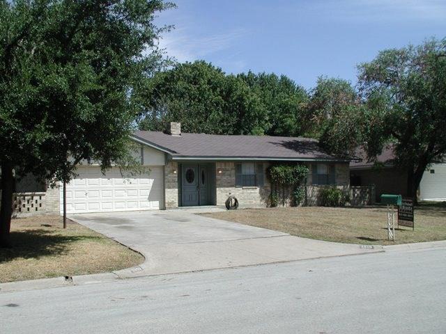 2916 Columbine Drive, Grapevine, TX 76051