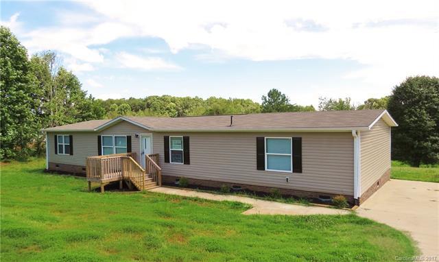 165 Village Point Drive 4, Statesville, NC 28625