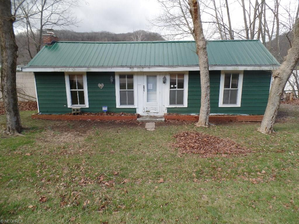 6141 N State Route 60 NW, McConnelsville, OH 43756