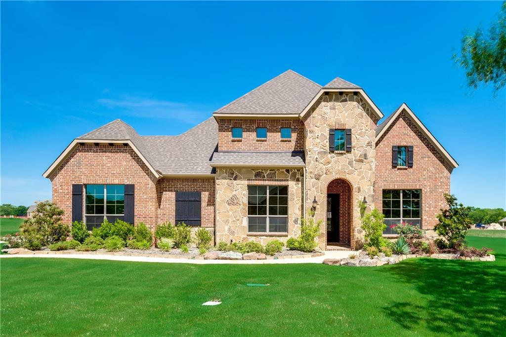 2570 W Hendrix Avenue, Lucas, TX 75002