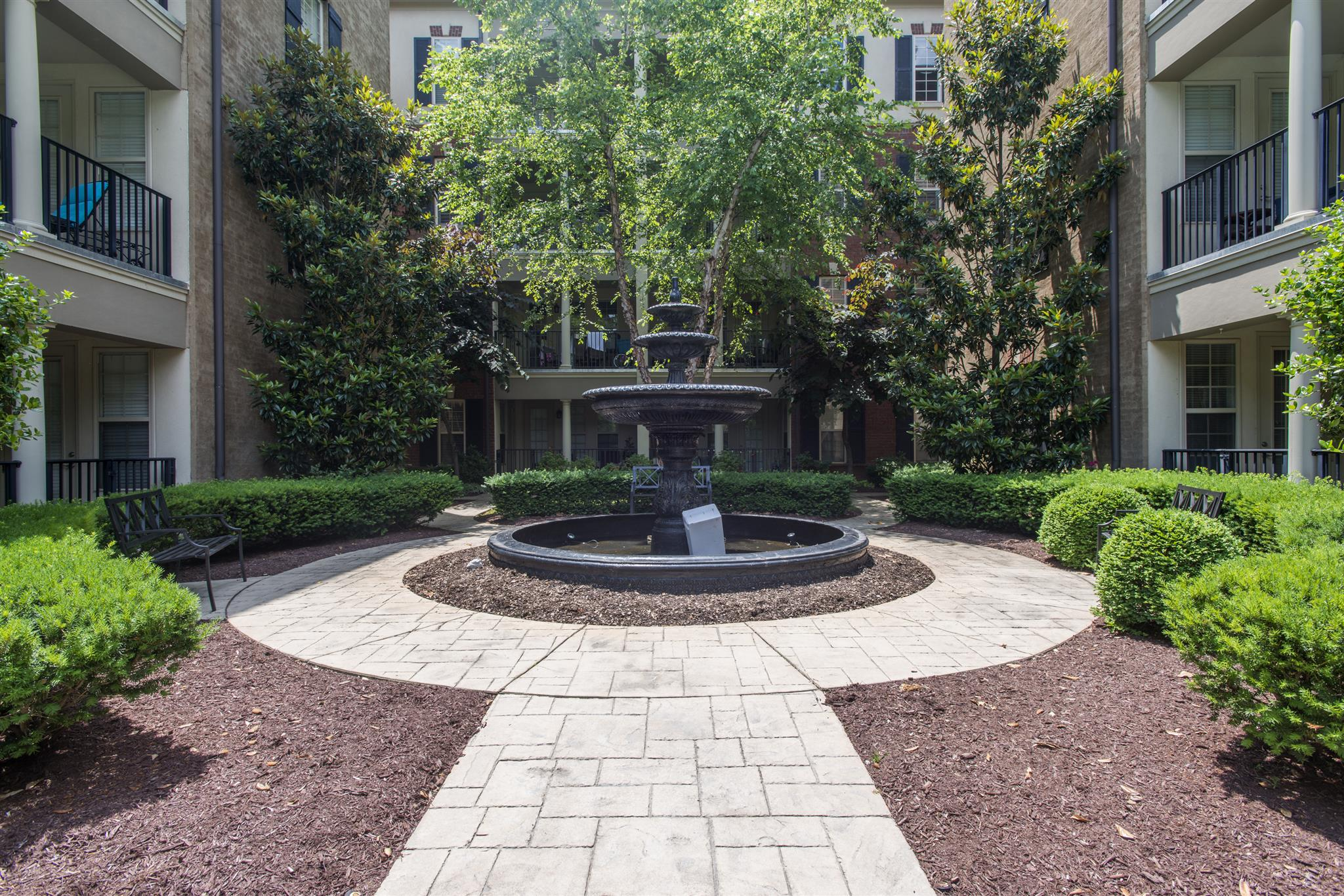 307 Seven Springs Way Apt 202, Brentwood, TN 37027