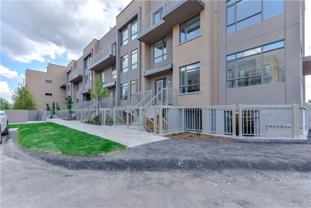 3 Orchid Place Dr 104, Toronto, ON M1B 2W1