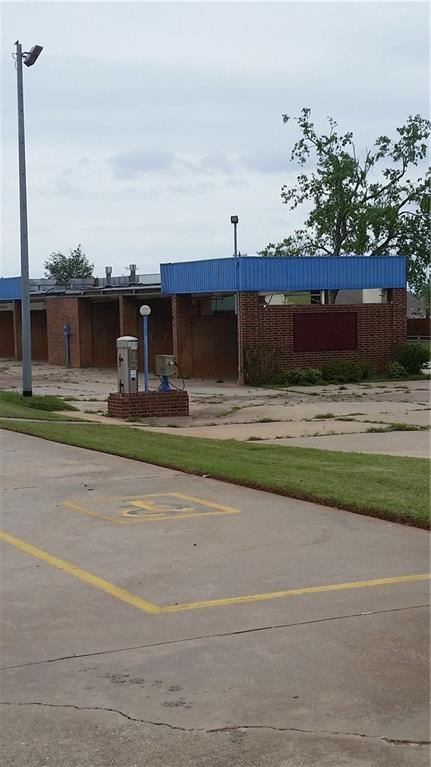 917 W State Highway 152, Mustang, OK 73064