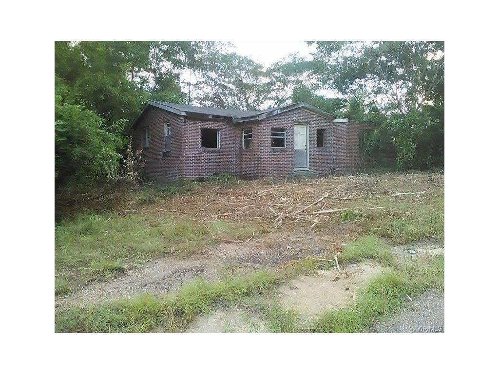 2904 Roberts Street, Tuskegee, AL 36083