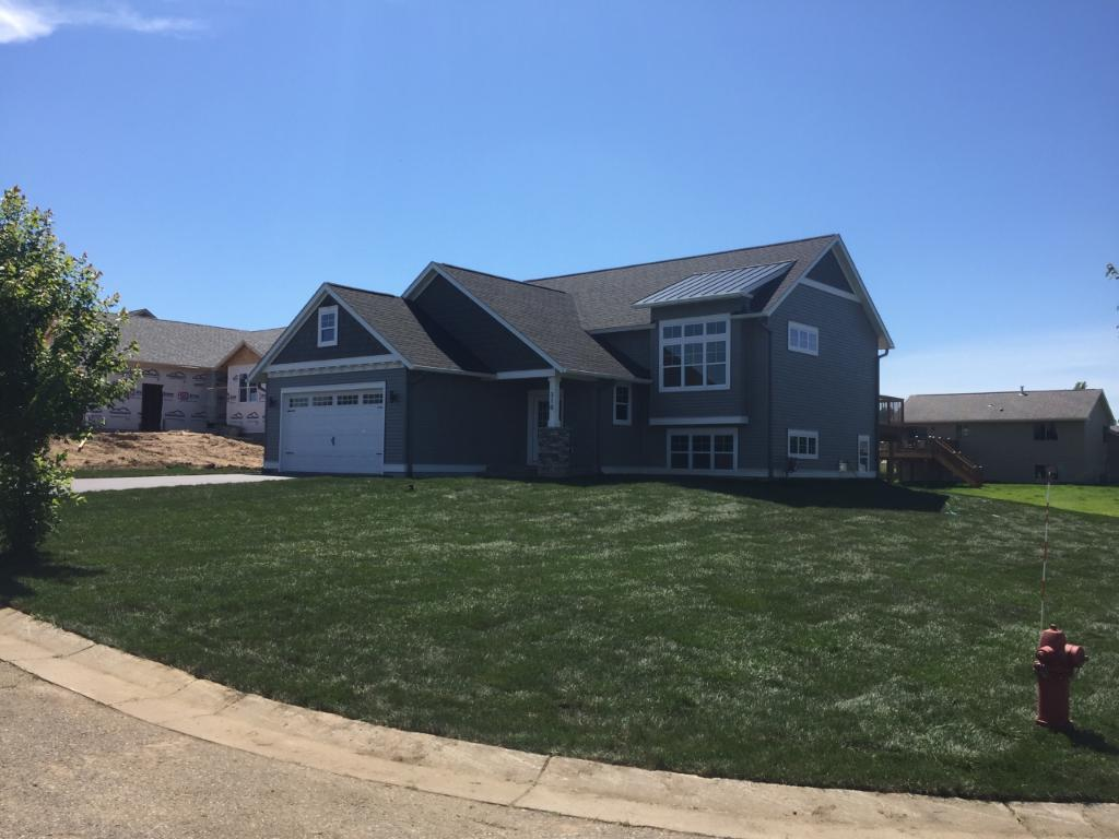 441 Highland Drive, Ellsworth, WI 54011