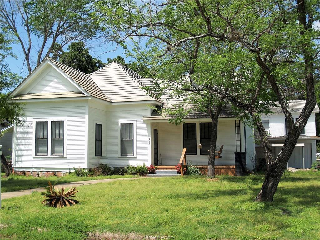 222 7th Street, Somerville, TX 77879