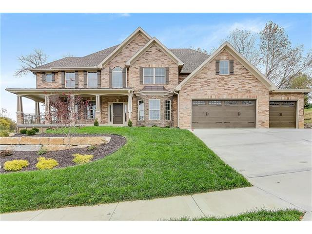 10421 NW River Hills Drive, Parkville, MO 64152