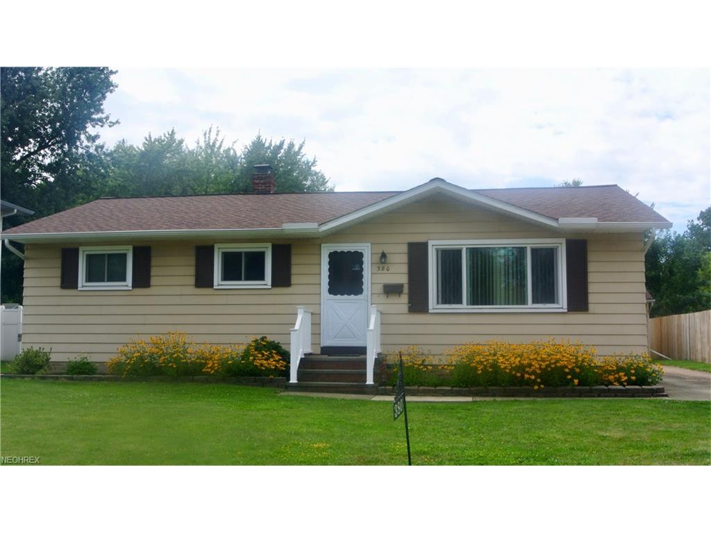 380 Saint Lawrence Blvd, Eastlake, OH 44095