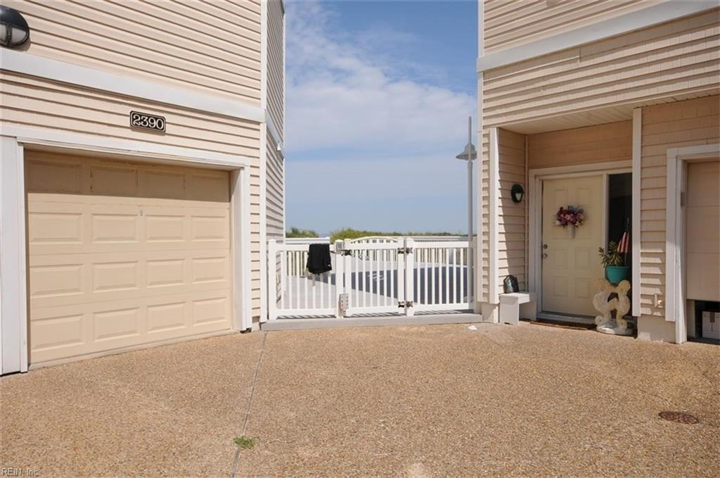 2348 BAYS EDGE AVE, Virginia Beach, VA 23451