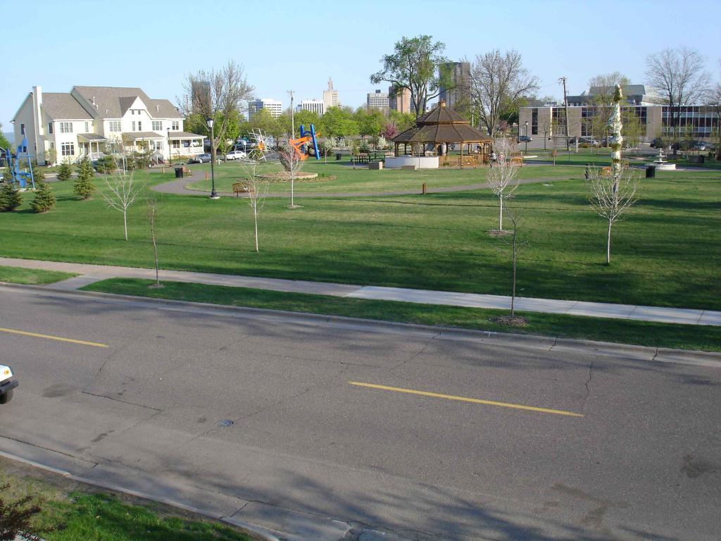 61 Como Avenue, Saint Paul, MN 55103