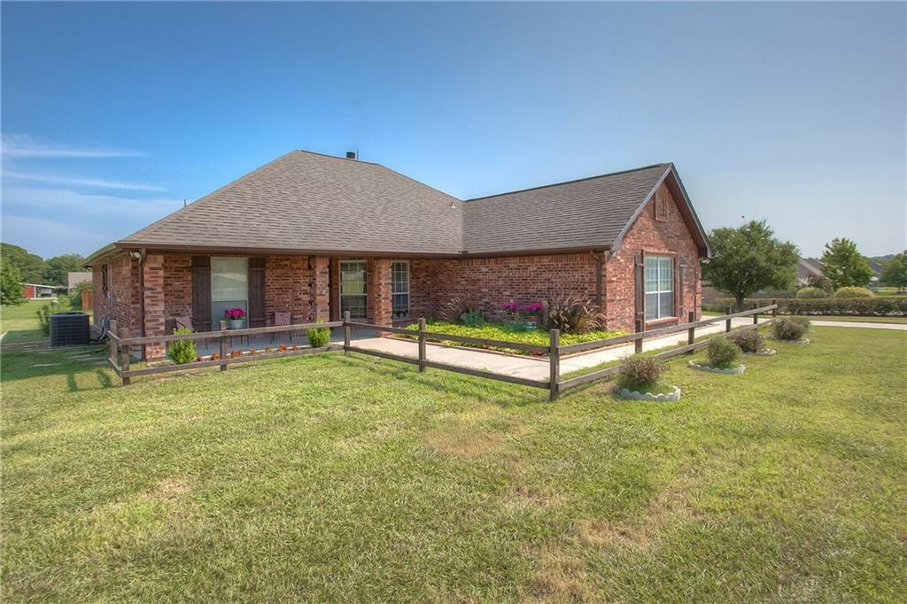101 Imperial Mammoth Lane, Weatherford, TX 76085