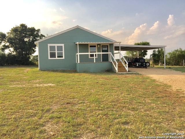 706 Leissner School Rd, Seguin, TX 78155
