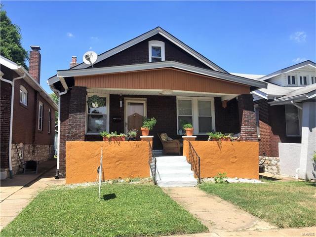4031 Tholozan Avenue, St Louis, MO 63116