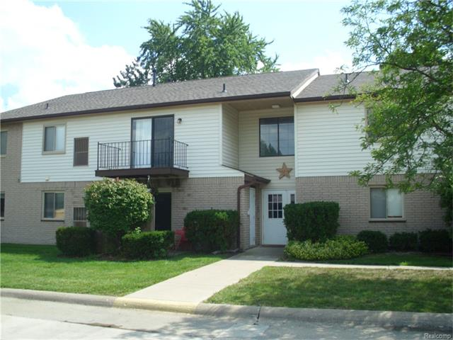 5955 BURROUGHS Avenue, Sterling Heights, MI 48314