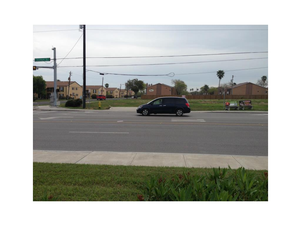 6802 Everhart, Corpus Christi, TX 78413