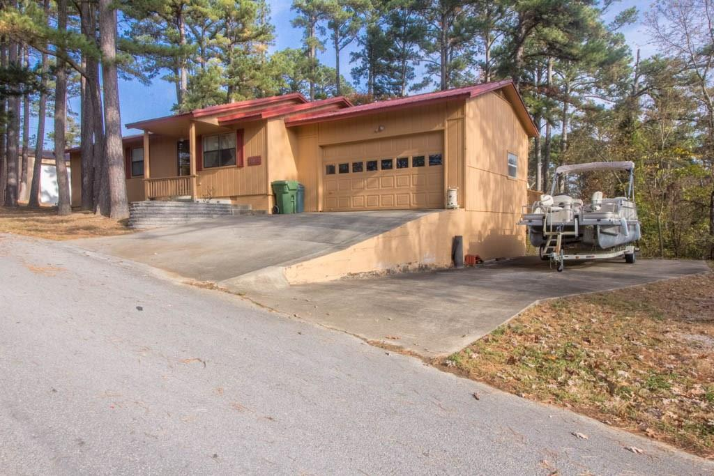 16036 Hickory DR, Rogers, AR 72756