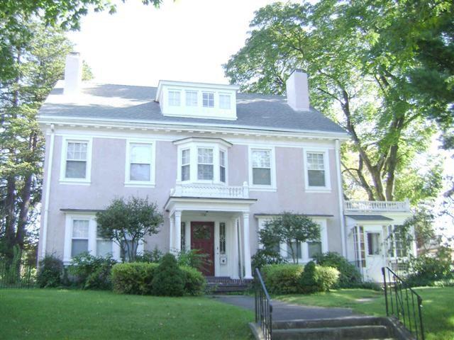 1950 Park Avenue, Bridgeport, CT 06604