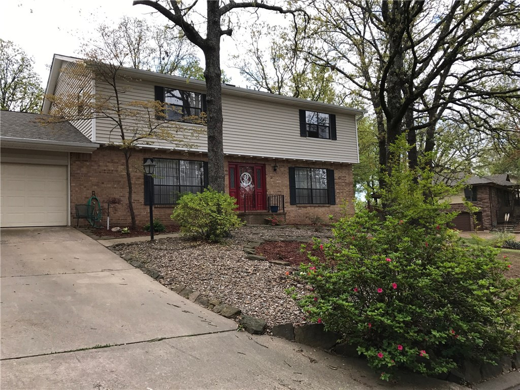 9809 Wellington, Fort Smith, AR 72908
