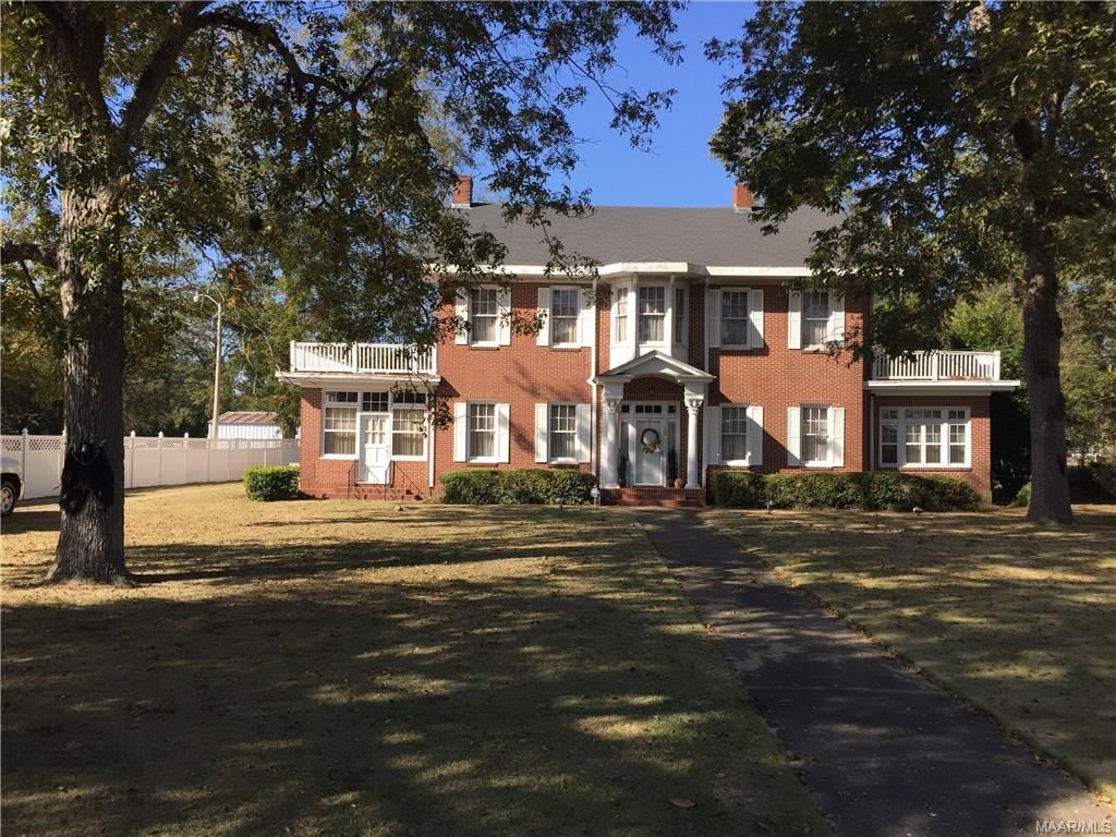 137 N Main Street, Brundidge, AL 36010