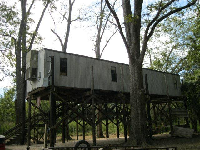 88 FREEMAN LANE, Woodville, MS 39669