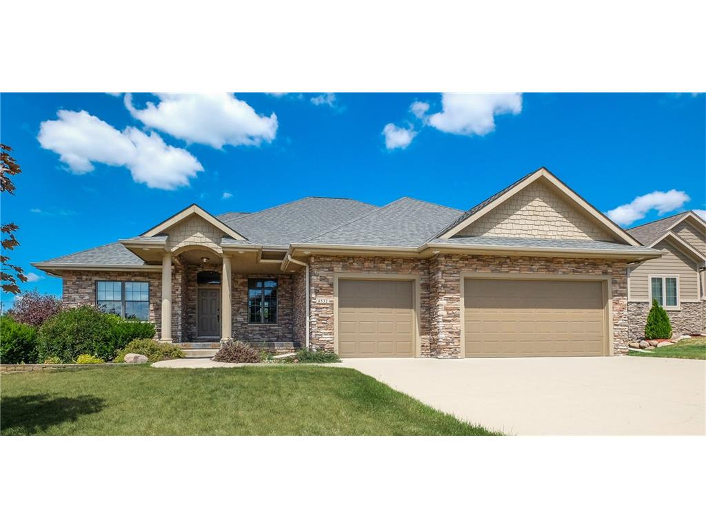 4532 NW 169th Street, Clive, IA 50325
