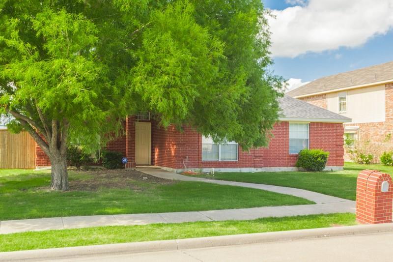 7601 Bayhill Drive, Rowlett, TX 75088