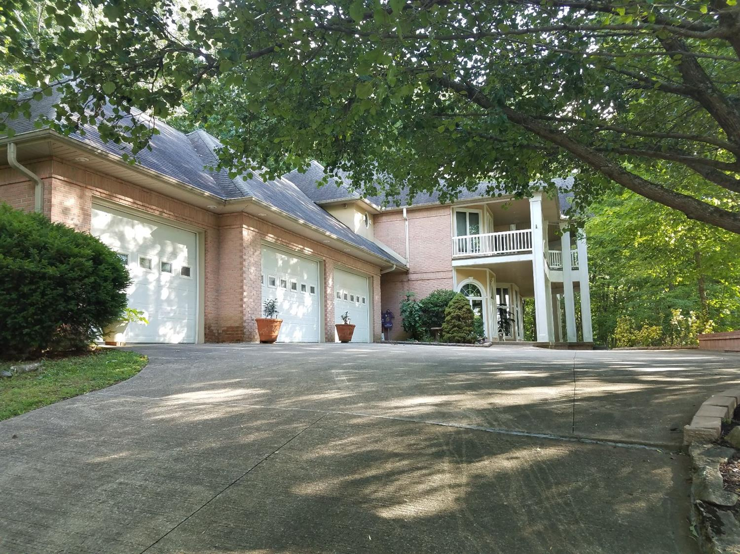 3396 Woodhaven Drive, Somerset, KY 42503
