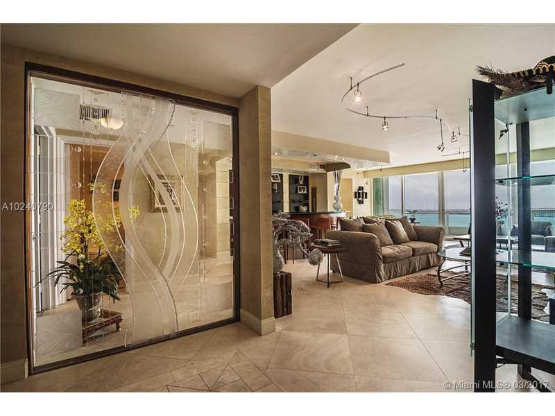1643 Brickell 1504, Miami, FL 33129