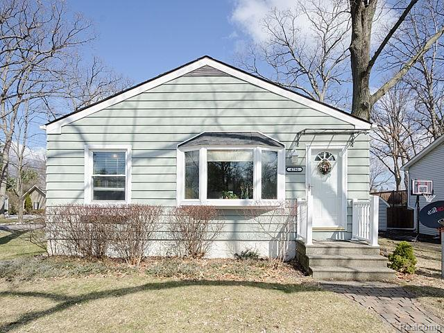 4790 ALGONQUIN AVE, West Bloomfield Twp, MI 48324