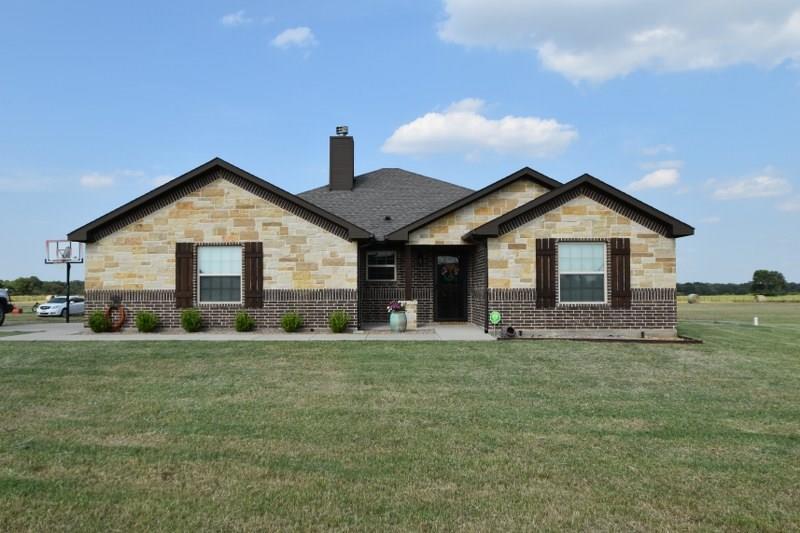 385 Summerfield Lane, Stephenville, TX 76401