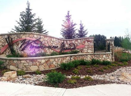 2777 WHEATON Drive, Edmonton, AB T6W 2M5