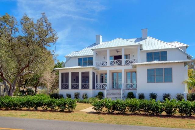1952 Ocean Road, St. Simons Island, GA 31522
